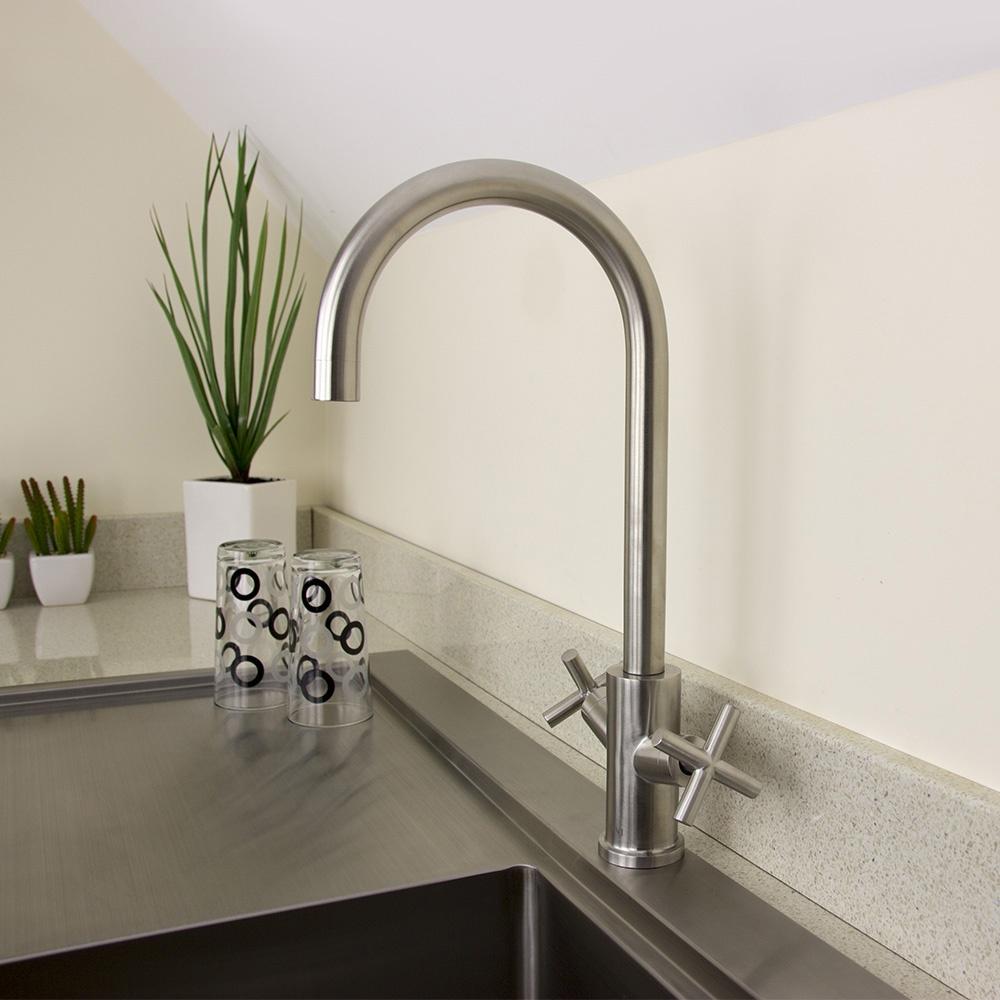 Twin Kitchen Sink : ... Arrigo Brushed Stainless Steel Twin Handle Kitchen Sink Mixer Tap HK71