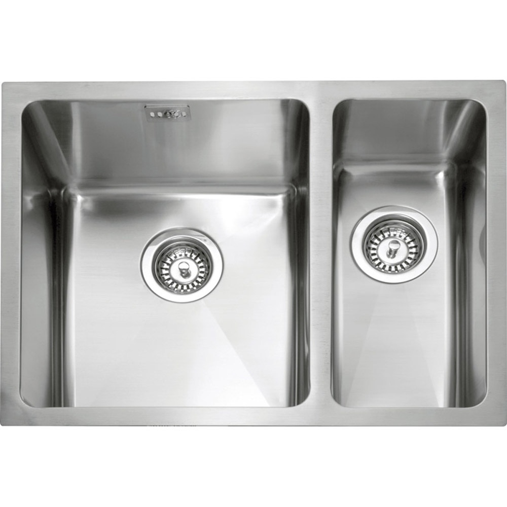 Stainless Steel Kitchen Sinks : ... ? View All 1.5 Bowl Sinks ? View All Undermount Kitchen Sinks