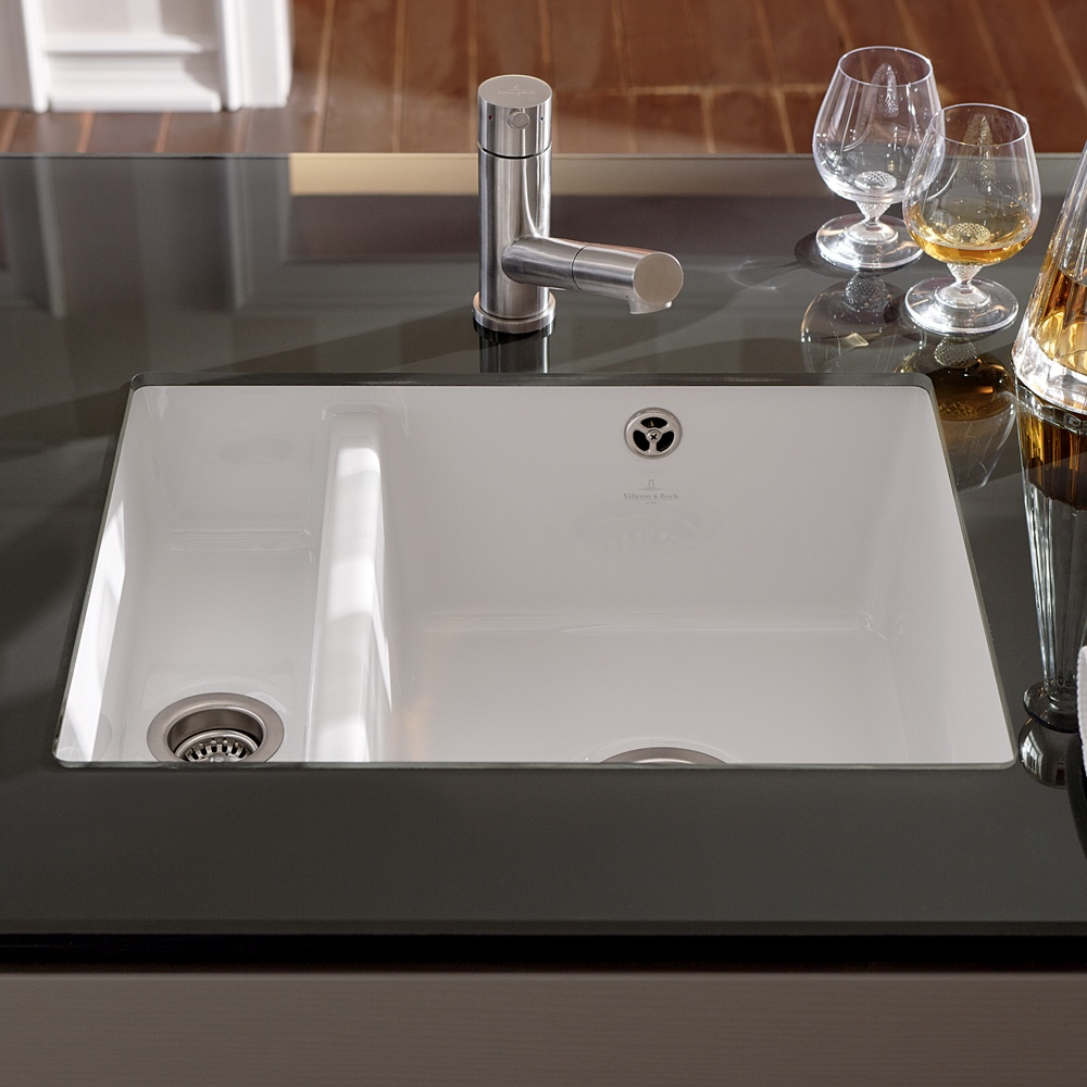 Ceramic Kitchen Sink : ... Bowl White Ceramic Kitchen Sink & Waste - Villeroy & Boch from TA...
